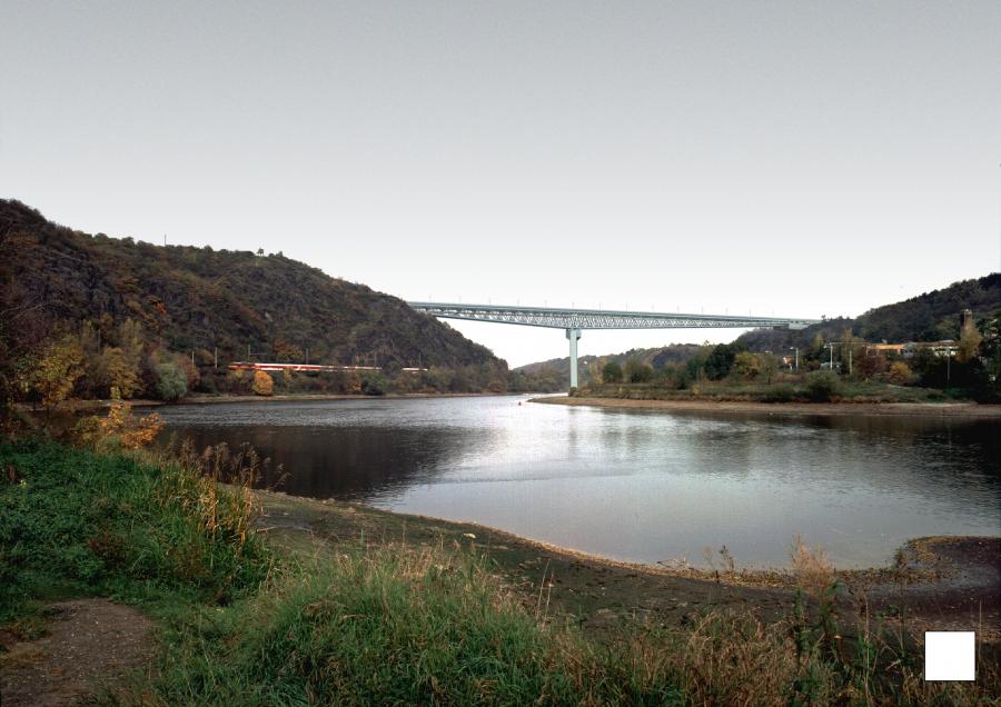 dálniční most Suchdol
