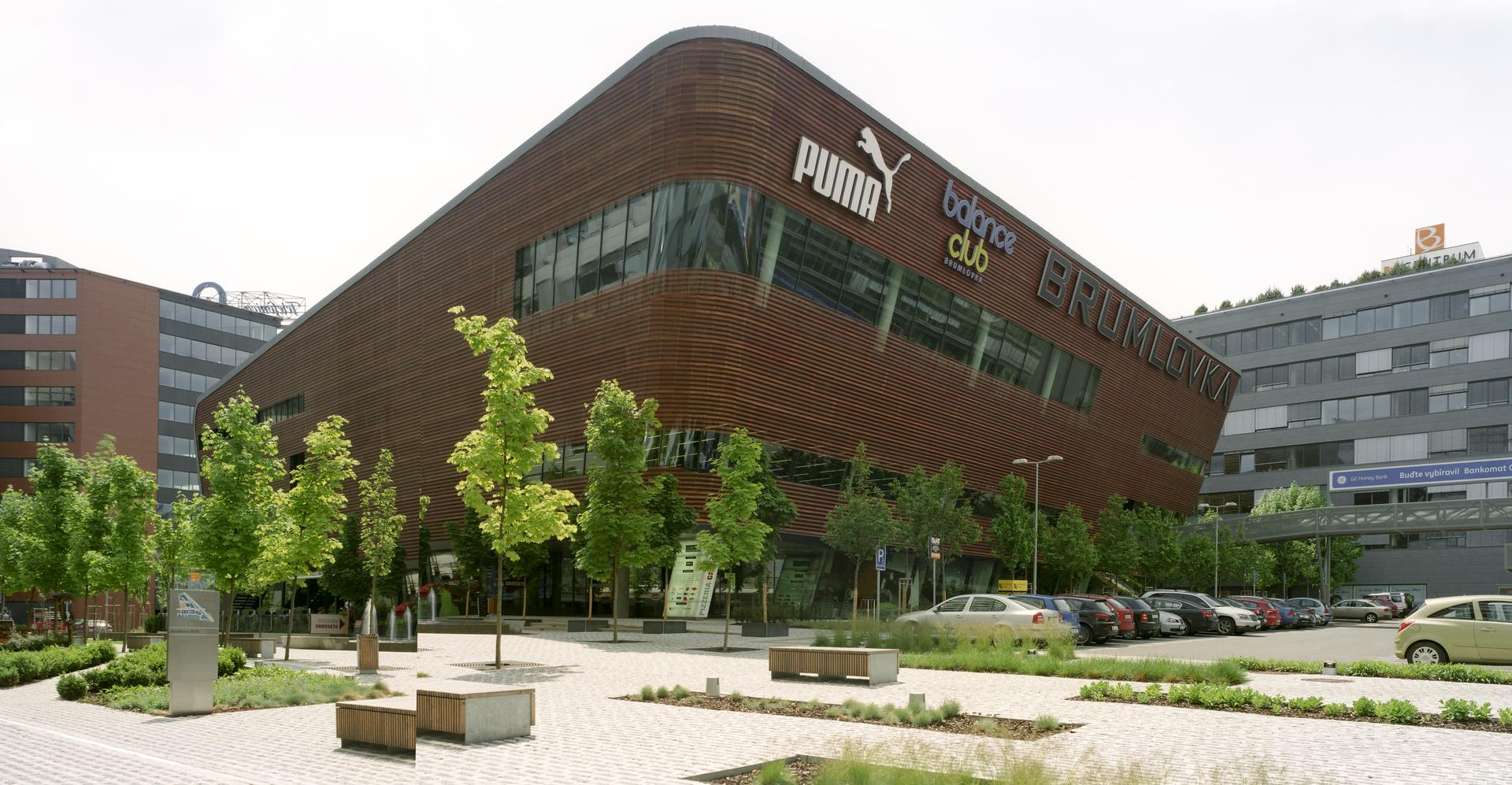 Nova Brumlovka – Leisure center